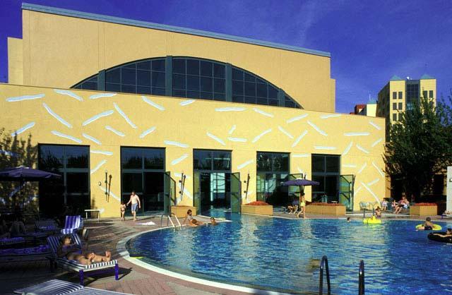 Swimming Pool St New York Disneyland Paris Message Board Tripadvisor